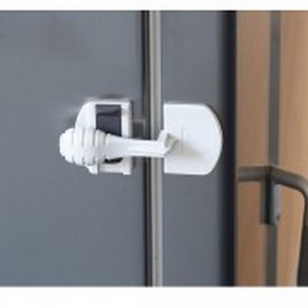 Cierre de seguridad para nevera segurbaby - Puertas de seguridad ninos ...