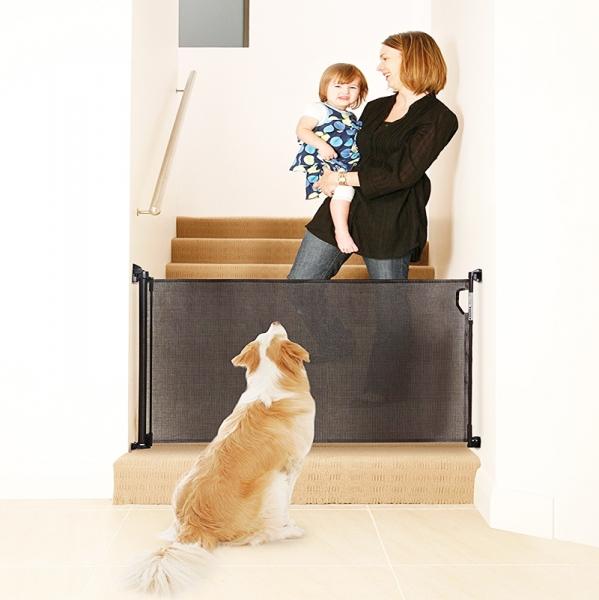 Barrera seguridad enrollable 140 cm negra segurbaby for Piscinas para perros baratas
