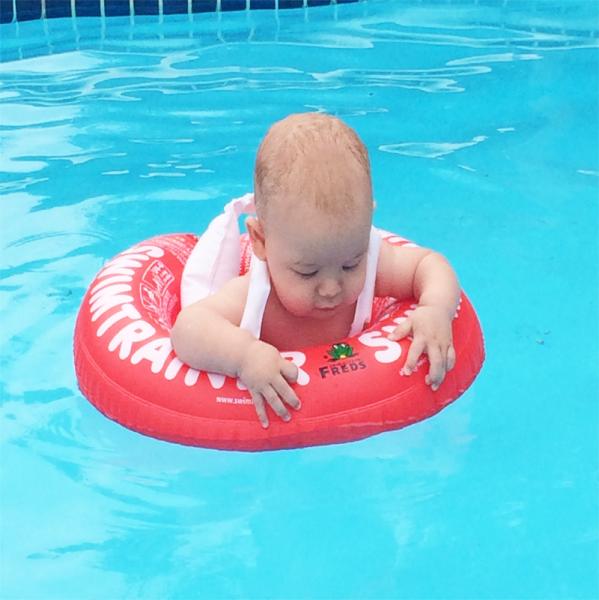 Flotador beb swintrainer segurbaby for Auriculares para piscina
