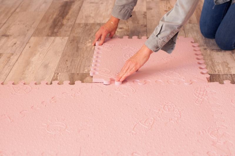 Alfombra puzzle rosa l babymats segurbaby - Alfombra suelo bebe ...